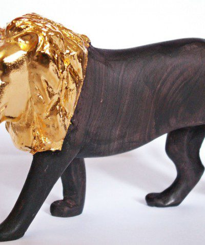 Gold metalformed lion